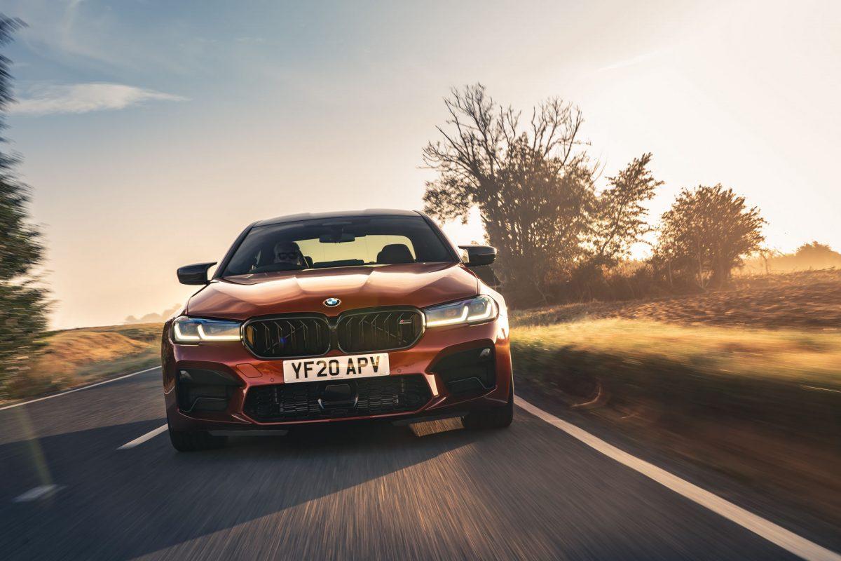 facelift m5 competition zvýraznil krivky auta